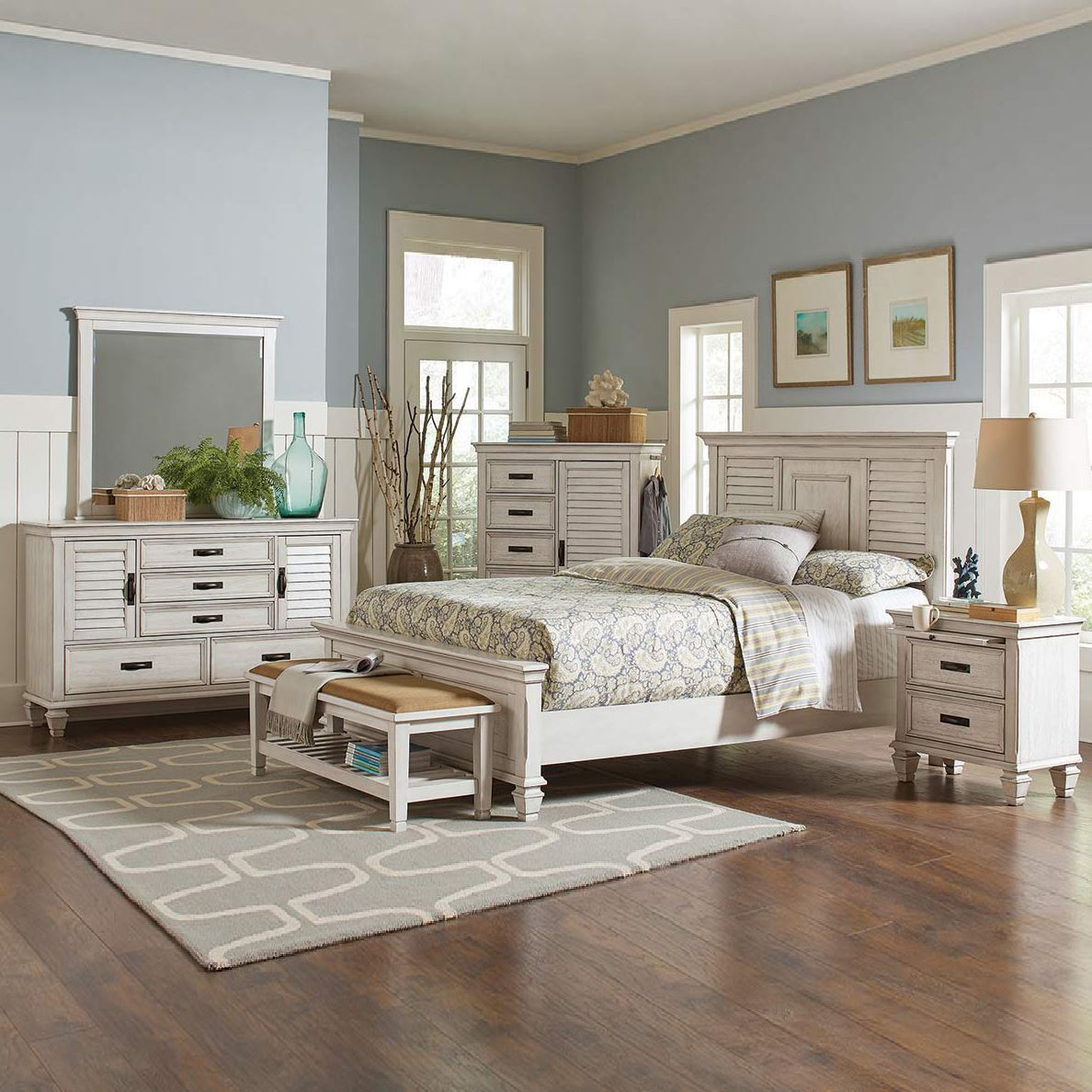 Nassau Antique White Bedroom Collection