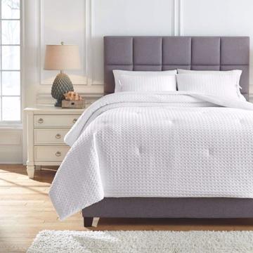 Picture of Maurilio 3-Piece Queen Comforter Set