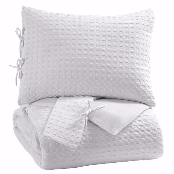 Picture of Maurilio 3-Piece King Comforter Set