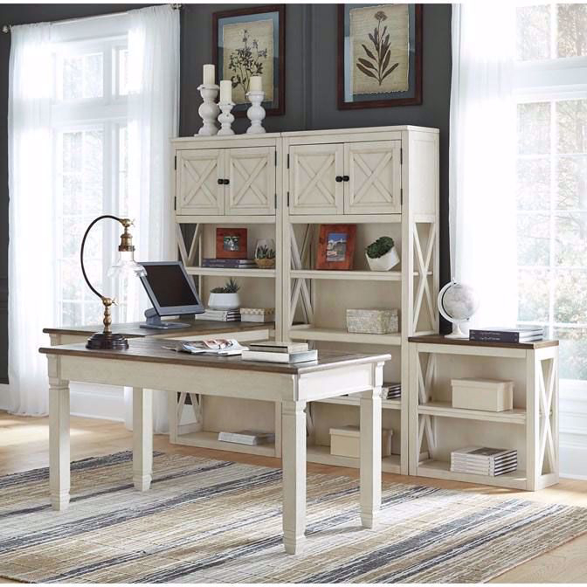 Picture of Antiquity Desk