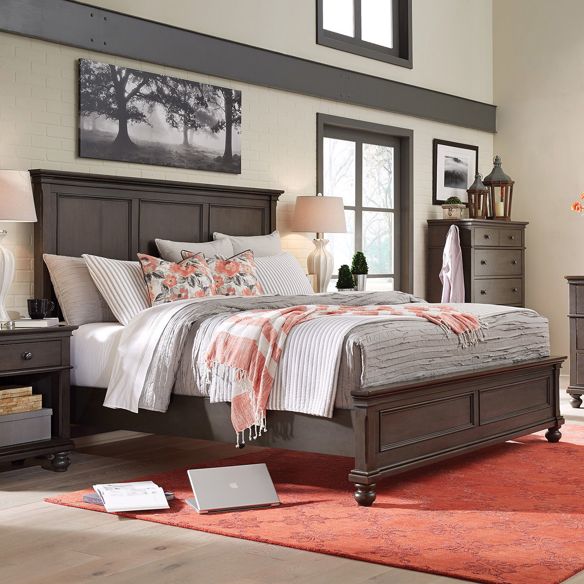 Picture of Oxford Peppercorn King Panel Bed