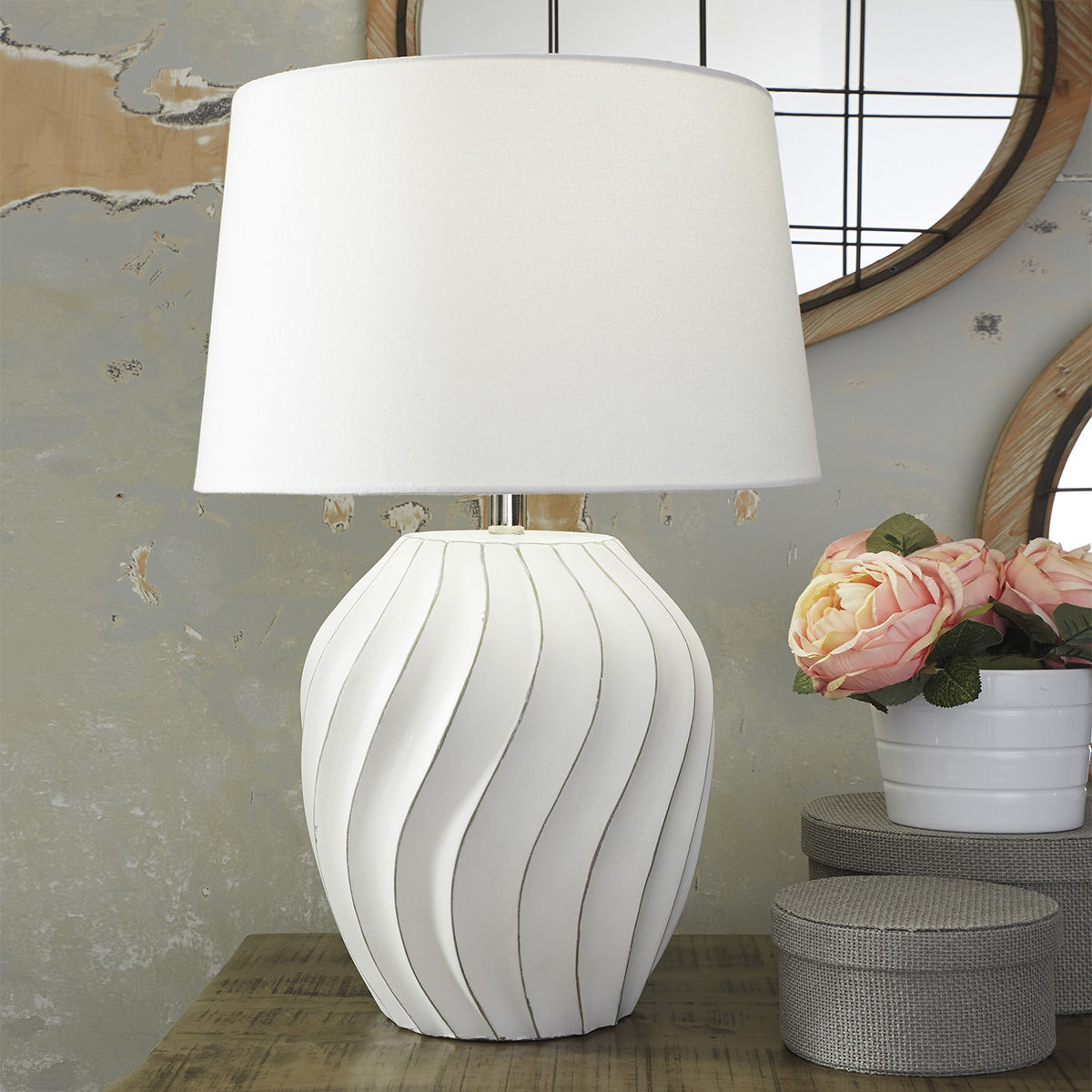 Picture of Hidalgo Paper Table Lamp