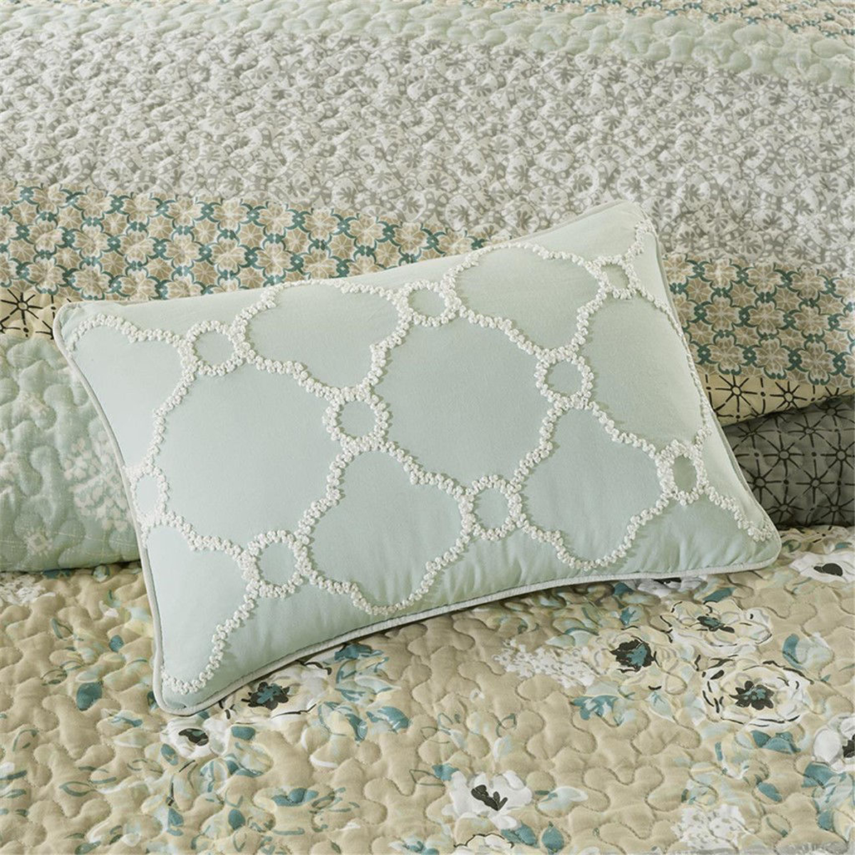Picture of Willa 6 Piece Reversible Coverlet Set