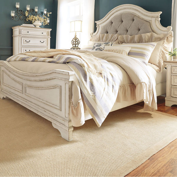 Picture of ROSLYN QUEEN UPHOLSTERED BED
