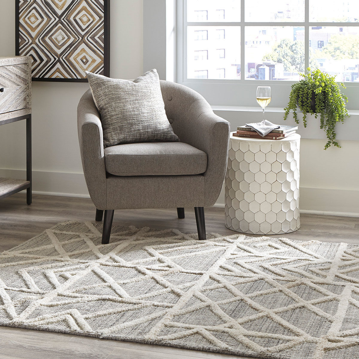 Picture of KARAH GRY/IVORY 5X7 AREA RUG