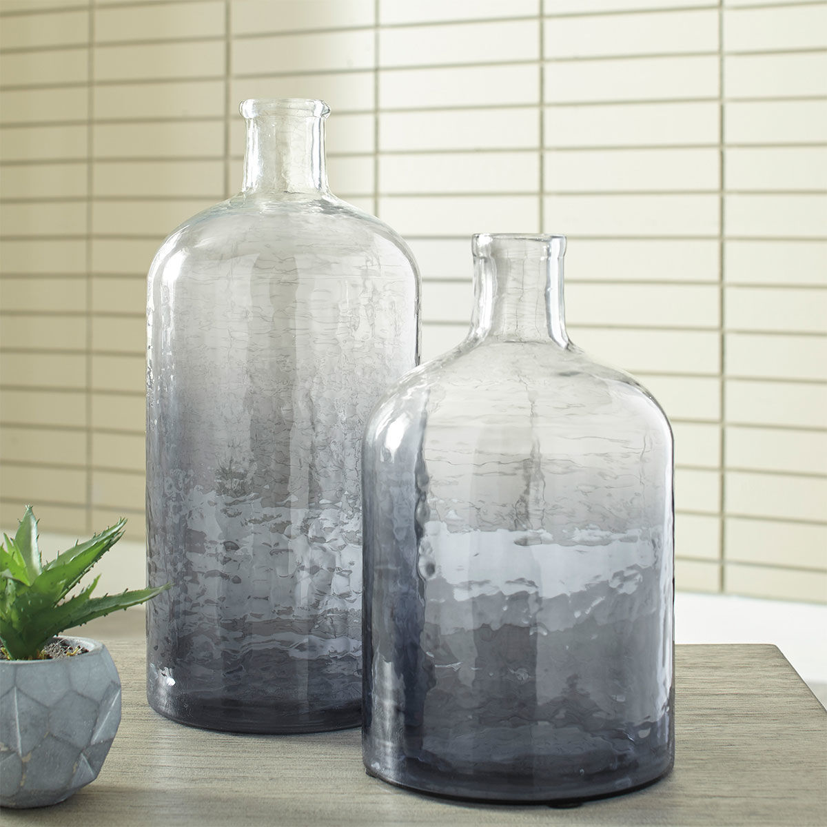 Picture of MALEAH NAVY S/2 CERAMIC VASES